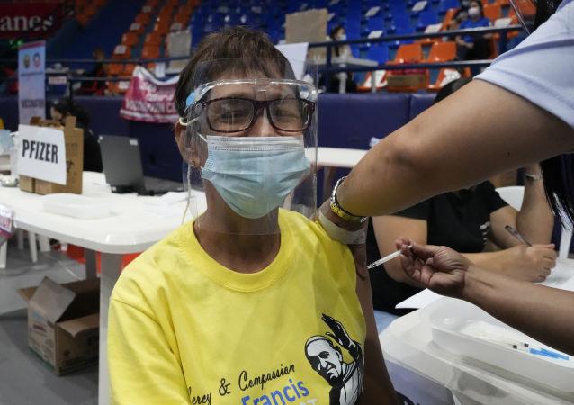 نیاز به تزریق دوز دوم واکسن توضیح داده شد