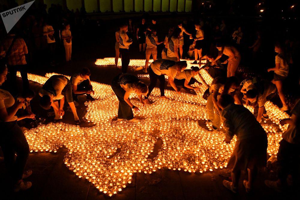رویدادهای هفته به روایت تصویر  مراسم « شمع یادبود» در مسکو