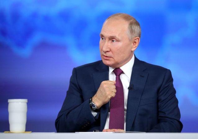 پوتین: سرعت بازیابی اقتصادی و اجتماعی به میزان واکسیناسیون وابسته است