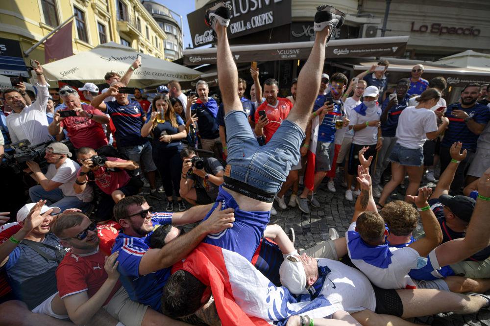 طرفداران تیم فرانسه در یک هشتم فینال یورو ۲۰۲۰