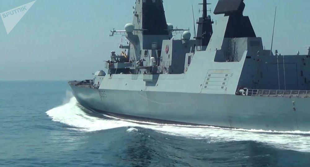 امتناع ناتو از خروج از دریای سیاه حتی پس از حادثه رخ داده برای ناوشکن انگلیسی