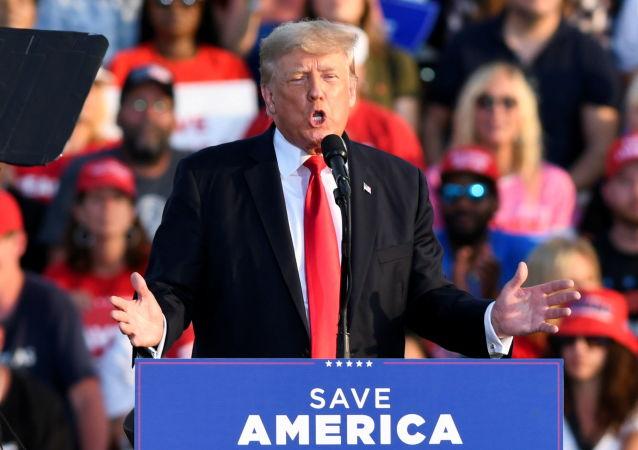 ترامپ: با رفتن من احترام در آمریکا کم شد