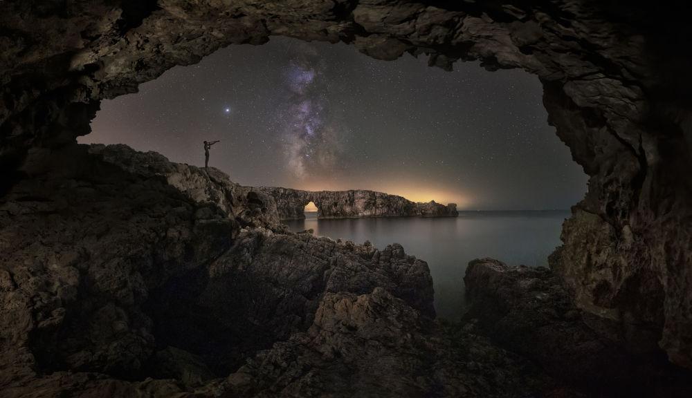 جان و روان کهکشان عکاس، آنتونی بارسلو از اسپانیا