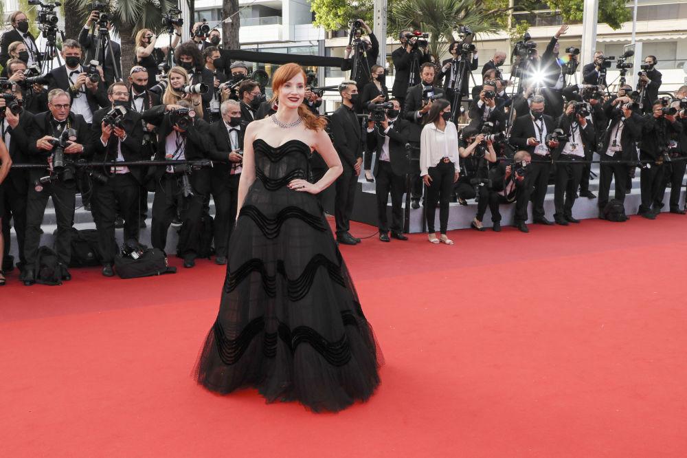 هنرپیشه جسیکا چستین مراسم افتتاحیه ۷۴مین فستیوال فیلم کن