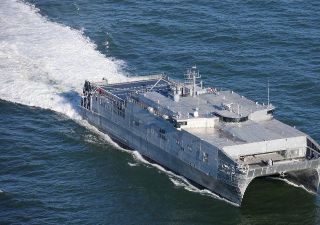 کشتی حمل و نقل نیروی دریایی آمریکا عازم دریای سیاه شد