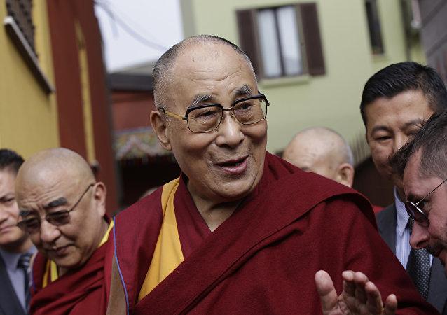 برای سلامتی به چند ساعت خواب نیاز است؟: عقیده دالایی لاما