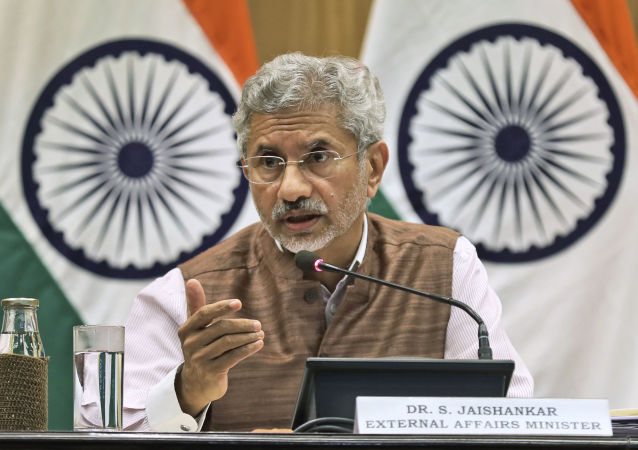 دیدار ثمربخش وزرای خارجه ایران و هند