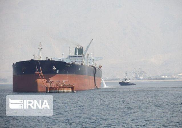 صادرات نخستین محموله نفتی از بندر جاسک ایران تا ۲ روز آینده