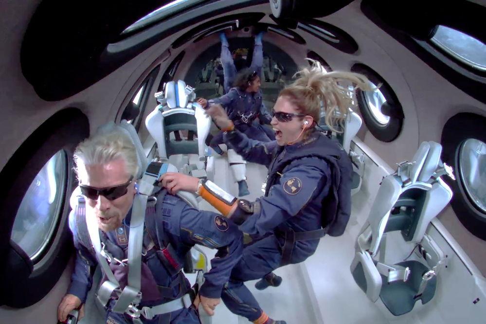 رویدادهای هفته به روایت تصویر ریچارد برنس در سفینه فضایی