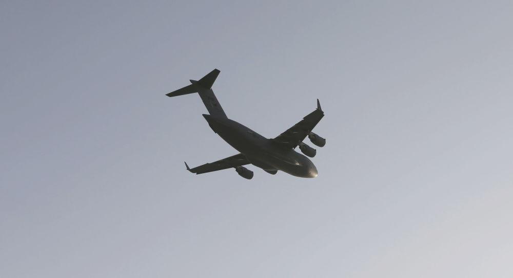 سقوط یک هواپیمای نظامی در آمریکا