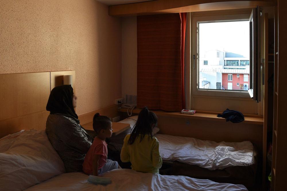 ورود پناهجویان افغانی به کشورهای جهان پاریس