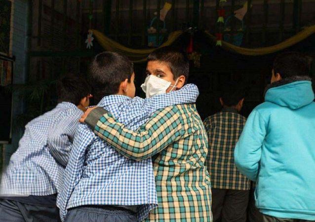مدرسه مجازی برای دانشآموزان ایرانی خارج از ایران راهاندازی می شود