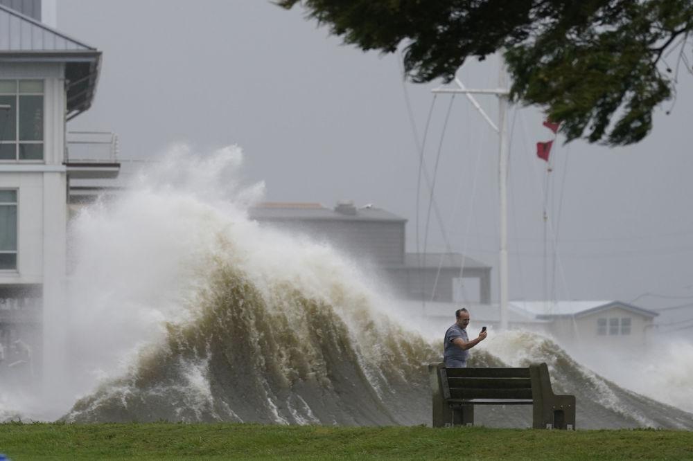 رویدادهای هفته به روایت تصویر طوفان « ایدا» در آمریکا
