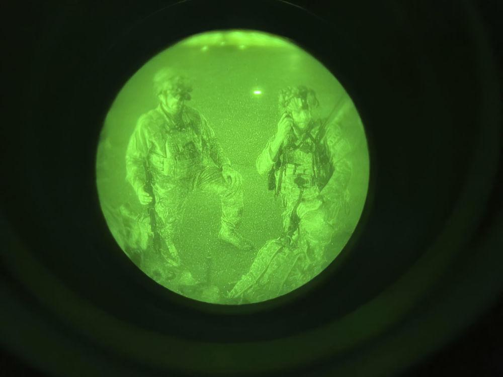 رویدادهای هفته به روایت تصویر نظامیان آمریکایی در فرودگاه کابل