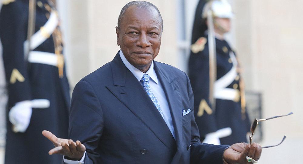 رهبر شورشیان نظامی گینه خبر از انحلال دولت و بسته شدن مرزهای این کشور خبر داد