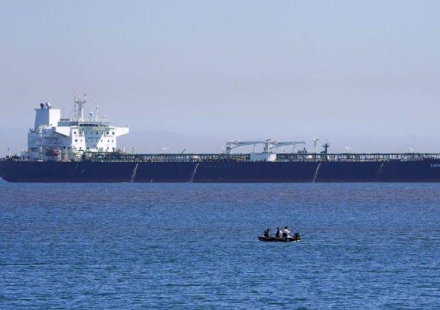 ایران در عمل از خجالت آمریکا و اسرائیل در آمد