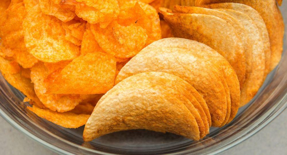 لیست غذاهایی که بعد از 30 سالگی نباید بخورید