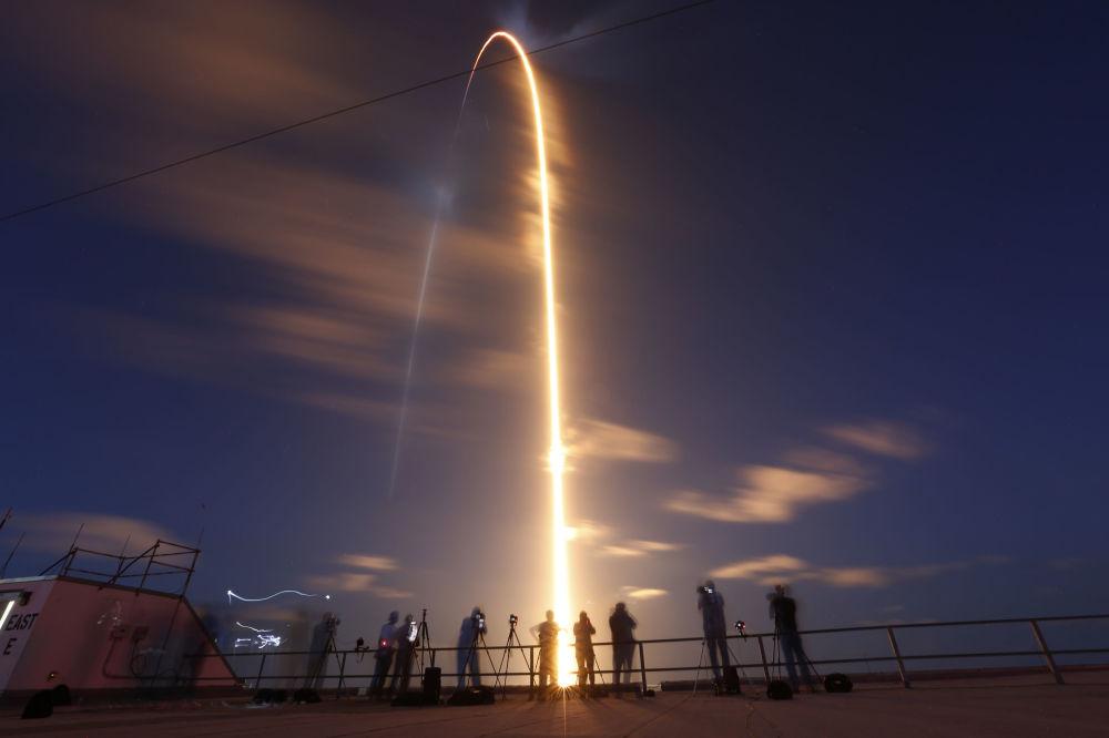 پرتاب موشک SpaceX Falcon  فلوریدا