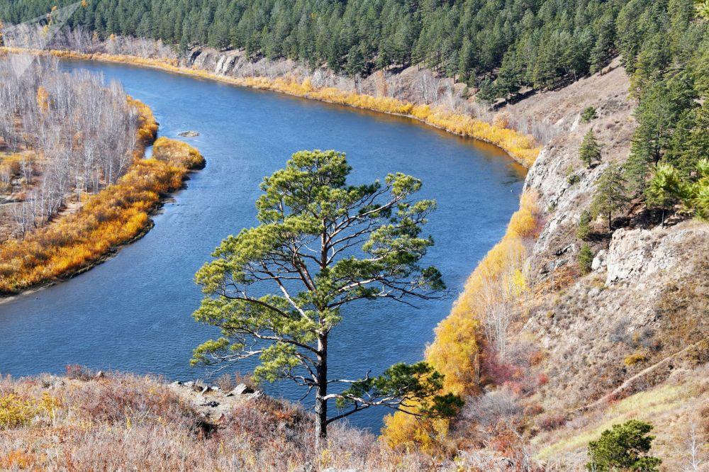 نمایی از رودخانه اینگودا در روسیه