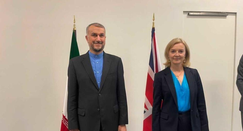 وزیر امور خارجه ایران و بریتانیا