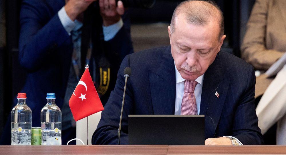 رئیس جمهور ترکیه: آمریکا درباره پناهجویان افغان مسئولیت بیشتری بپذیرد