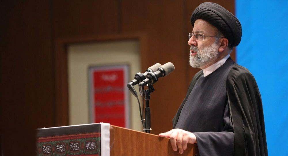 رئیس جمهور ایران: اجازه نمیدهیم حقی از کارگران ضایع شود