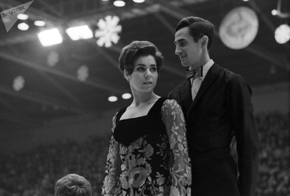 لیودمیلا پاخاموا و الکساندر گورشکوف در قهرمانی اروپا سال ۱۹۷۰