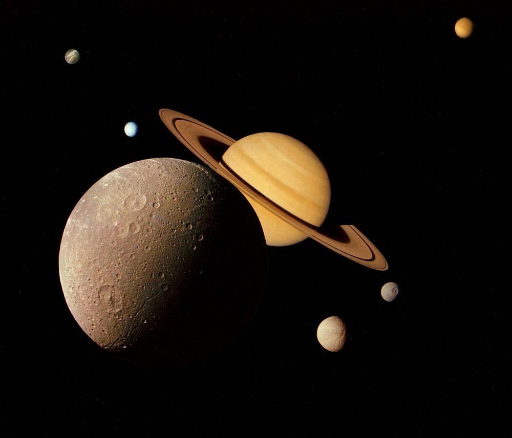 رویدادهای فضانوردی جهان عکس سیستم زحل