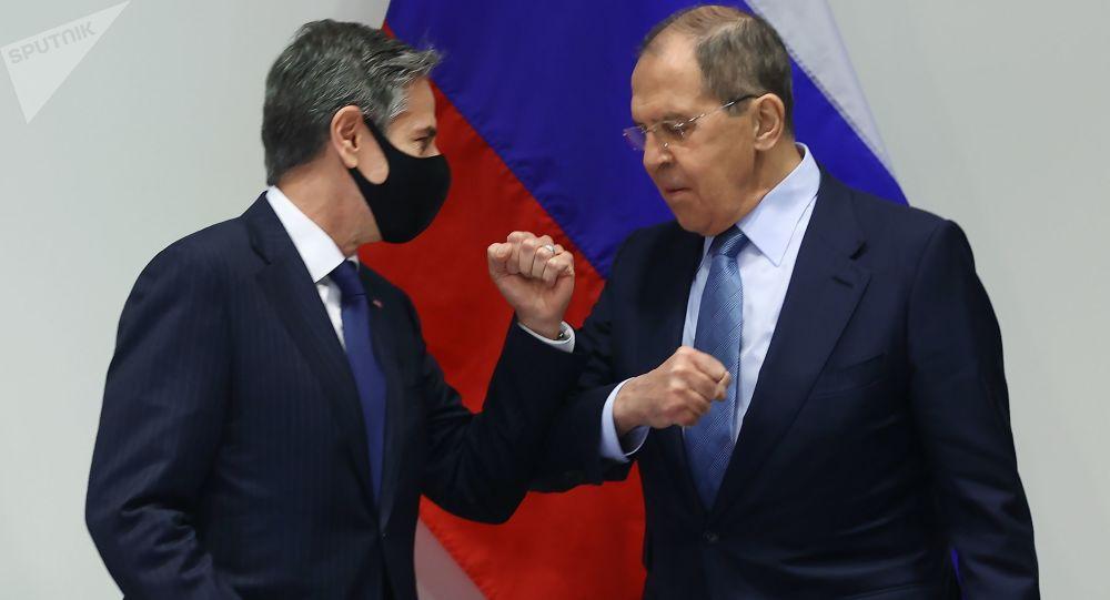 گفتگوی وزیران خارجه روسیه و آمریکا درباره برجام