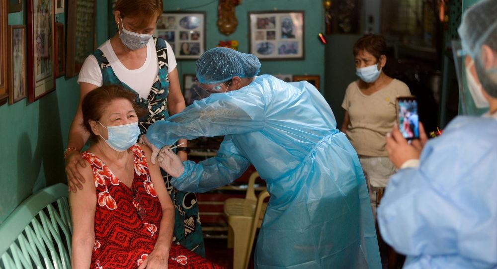 سازمان های جهانی قصد دارند تا پایان امسال 40 درصد از جمعیت جهان را واکسینه کنند