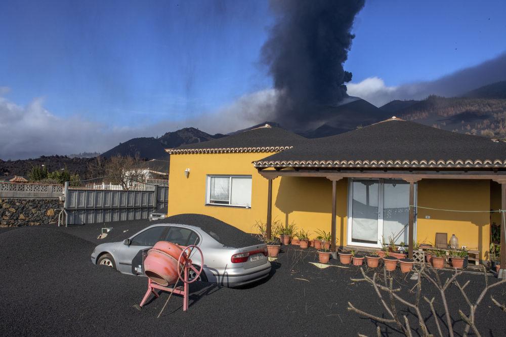 رویدادهای هفته به روایت تصویر فوران آتشفشان در اسپانیا