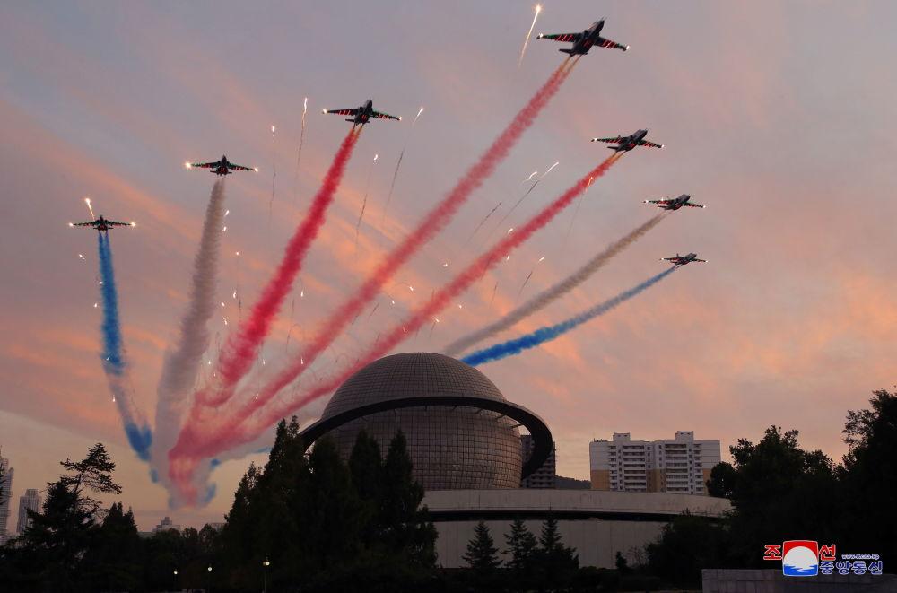 نمایشگاه تجهیزات دفاعی کره شمالی