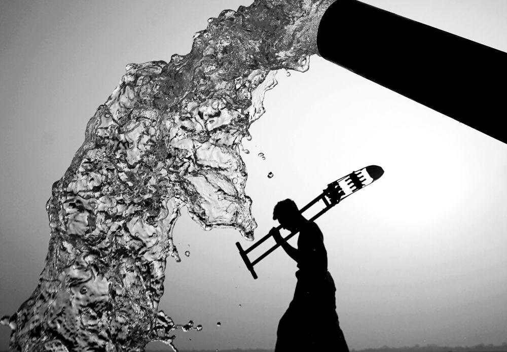 برندگان مسابقه «حفاظت از محیط زیست 2021» اعلام شدند عکاس قاضی عارف الجمان از بنگلادش، آب و آدمها