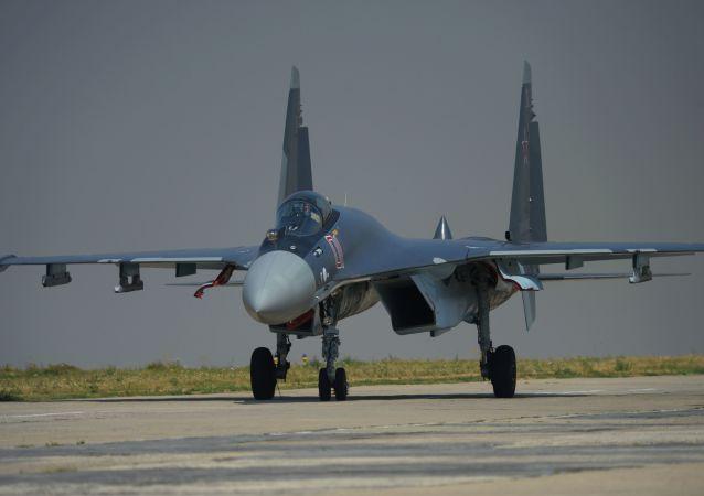امضای قرارداد تحویل جنگنده «سوخوی-35» بین روسیه و اندونزی