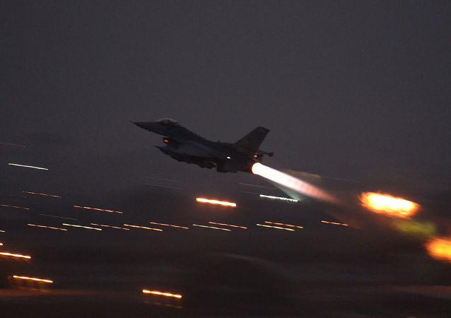 حمله جنگنده های آمریکایی به شمال شرق سوریه کشته برجای گذاشت