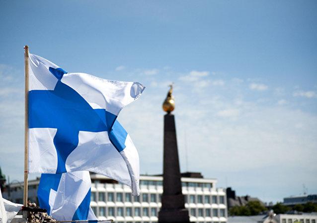 دختر نوجوان فنلاندی برای یک روز به صورت نمادین رئیس جمهور شد +ویدئو، عکس