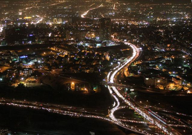 رکورد قطعی برق در تهران با خاموشی ۶ ساعت و ۱۰ دقیقه ای