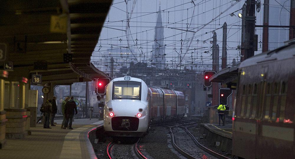 خروج 40 واگن قطار در تونل میان آمریکا و کانادا