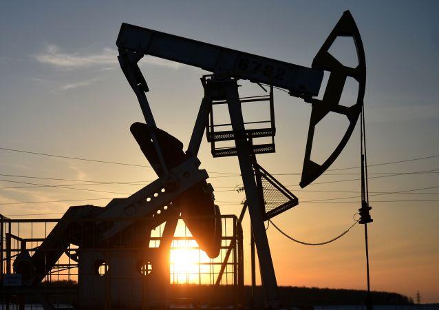 بدهی شرکت ملی نفت ایران 70 میلیارد دلار اعلام شده است