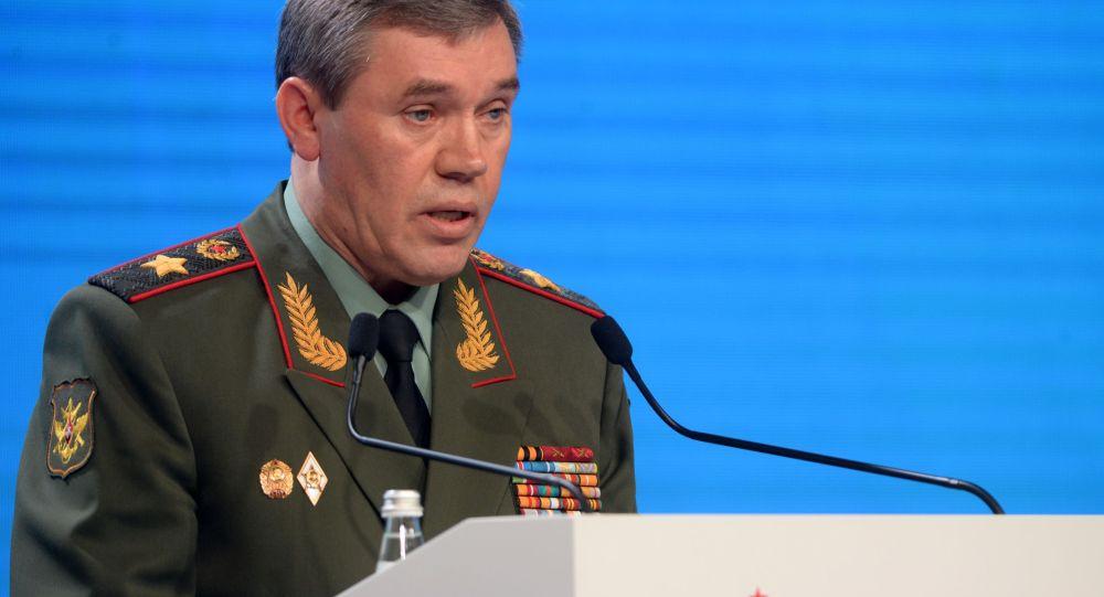 ژنرال ارتش روسیه که اغلب در کنار پوتین ظاهر می شود