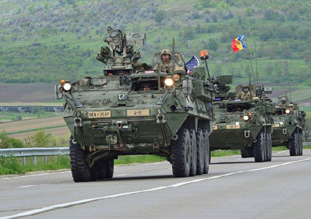 ماشین های نظامی آمریکا در چارچوب رزمایش به مقصد خود در مولداوی رسیدند