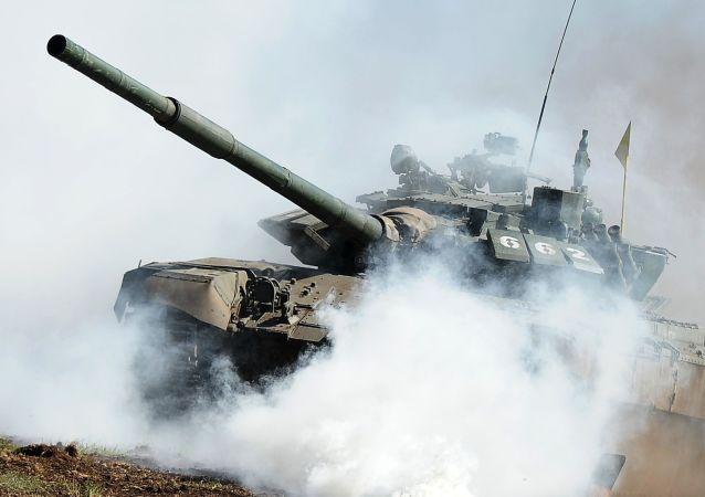 روسیه تانک های تی 72 قزاقستان را مدرنیزه می کند