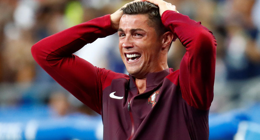 سوت پایان بازی پرتغال - اسپانیا: ایران، صدرنشین شد