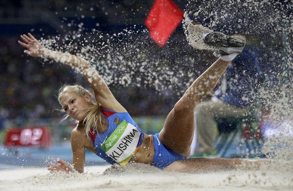 داریا کلیشینا ورزشکار  روسیه در پرش طول  در مسابقات المپیک ریو د ژانیرو