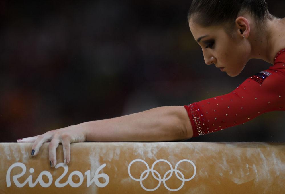 آلیا مصطفینا ژیمناست روسیه در مسابقات المپیک ریو د ژانیرو