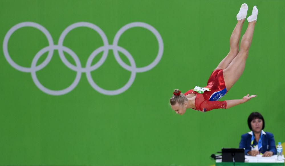 آنگلینا ملنیکووا ژیمناست روسیه در مسابقات المپیک ریو د ژانیرو