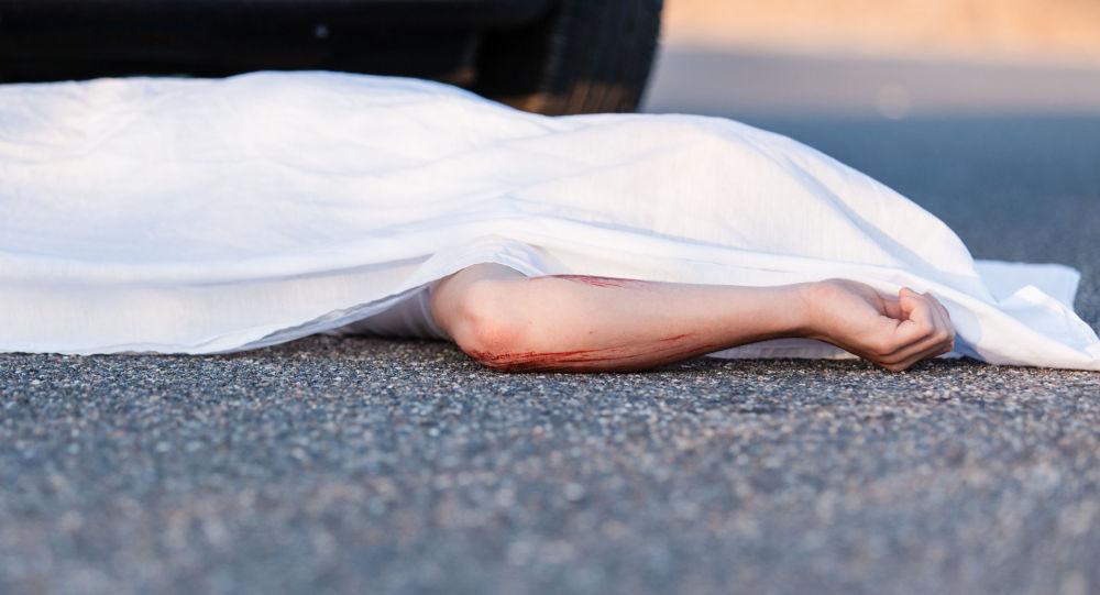جراح ایرانی: دختری که توسط پدرش با بنزین به آتش کشیده شده بود جان باخت