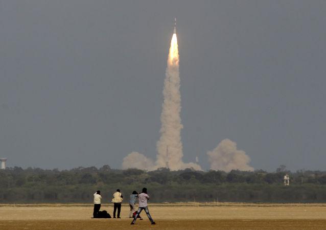 آزمایش موفقیت آمیز موشک هایپرسونیک هند