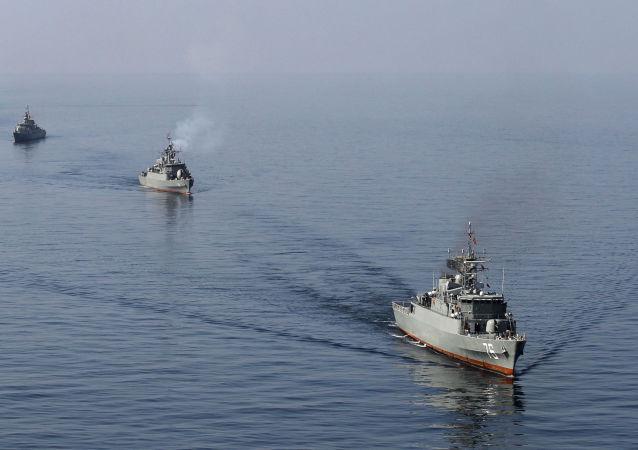 تمرین مشترک نیروی دریایی ایران و ایتالیا در تنگه هرمز و خلیج فارس انجام شد