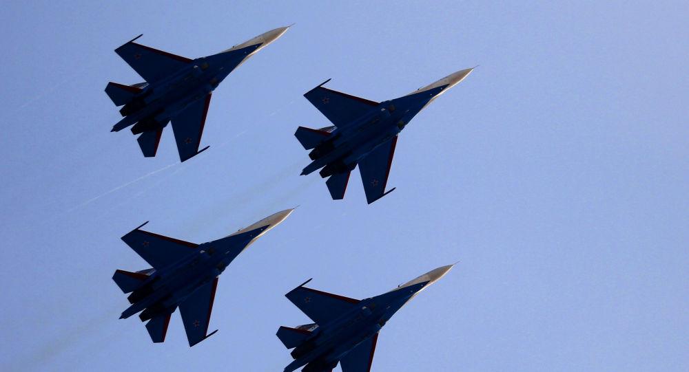 تبریک روز نیروی هوایی آمریکا با نشان سوخو-27+عکس